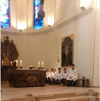 grupa ministrantów z Stg (1)